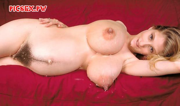 huge Tits pregnant in the semen
