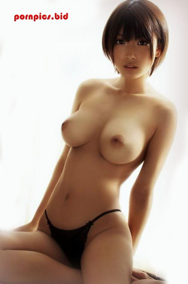 beautiful body 18 year old Asian girl