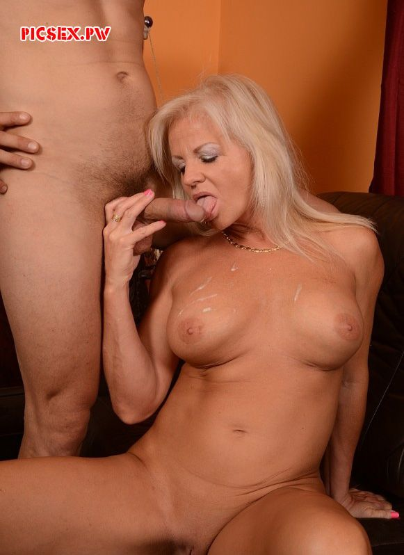 cumshot cum on Tits Mature blonde