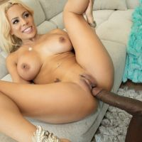 milf blonde with a gorgeous ass POLUTANT long cock