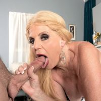 hot Blowjob old woman